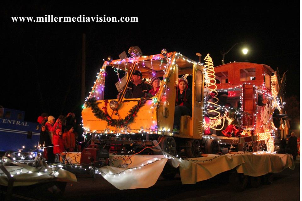 christmas in the ville fowlerville excavator float