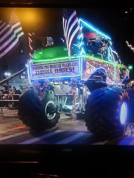 fowlerville christmas in the ville monster truck float 2